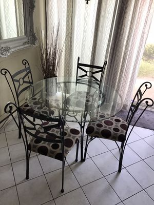 5 pc dining set for Sale in Stanton, CA