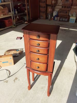 Jewelery box for Sale in Port St. Lucie, FL