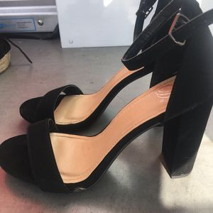 Simple ankle strap heels for Sale in San Jose, CA