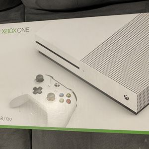 Xbox One S 500GB *SERIOUS INQUIRES ONLY* for Sale in Fairfield, CA