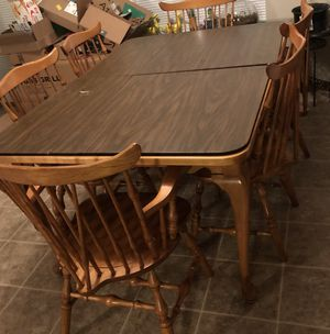 Kitchen table and chairs for Sale in O'Fallon, IL