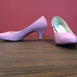 Women's Dress Shoes Size 7 for Sale in Aliquippa, PA