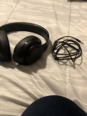 Beats studio wireless for Sale in Stockton, CA