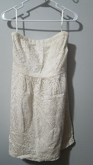 Womans Gap white strapless doilie dress for Sale in Baltimore, MD