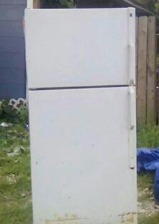 Regular size Refrigerator for Sale in Avon Park, FL
