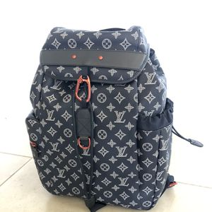 Louis Vuitton Upside Down Discovery Backpack for Sale in Menifee, CA