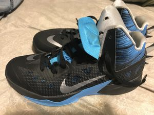 Mens Sz 7.5 Nike Basketball Shoes for Sale in Las Vegas, NV