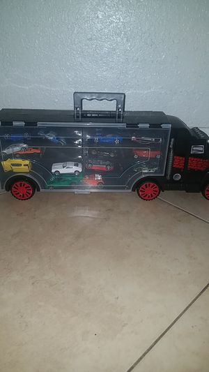 Toy truck with toy cars inside for Sale in Hialeah, FL
