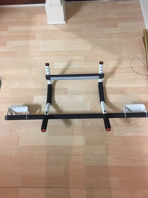 Doorway pull up bar for Sale in Philadelphia, PA