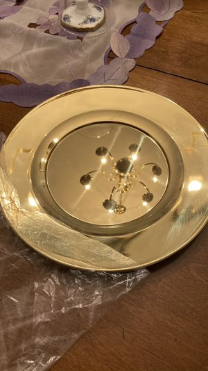 Brass Charger Plates - Set of 4 - 12 in. Diameter for Sale in Sykesville, MD