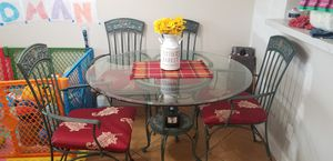 Kitchen table, glass top. 4 chairs. for Sale in Tamarac, FL