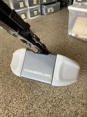 Chamberlain 1/2 HP Garage Door Opener for Sale in La Costa, CA