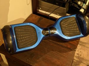 Bluetooth Hoover Board plays music (NO Charger) for Sale in St. Louis, MO