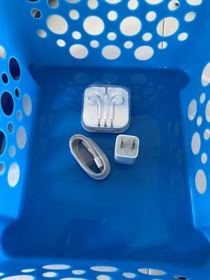 Apple Headphones and Charger for Sale in Philadelphia, PA