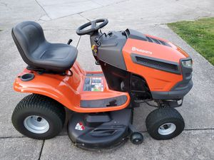 Husqvarna 46 inch lawn tractor 56 hours for Sale in Ford, KY