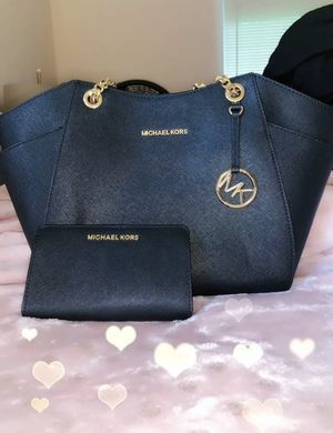 Michael Kors Bag for Sale in Owings Mills, MD