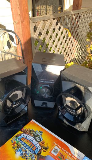 Radio speakers and subwoofer for Sale in Stockton, CA