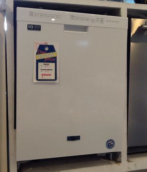 New open box Maytag dishwasher MDB 4949SH1 for Sale in Downey, CA
