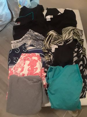 Lot Of Womens LG/XL Clothes for Sale in Clearwater, FL