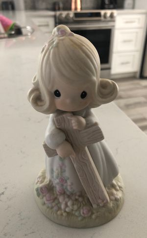 """Precious Moments- """"I believe in the old rugged cross"""" for Sale in Sun City, AZ"""