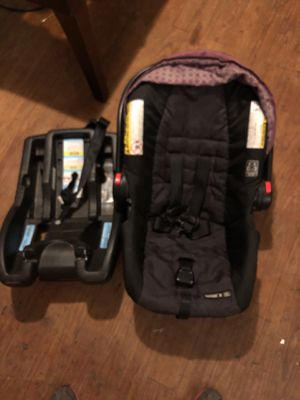 Baby car seat for Sale in Hideaway, TX