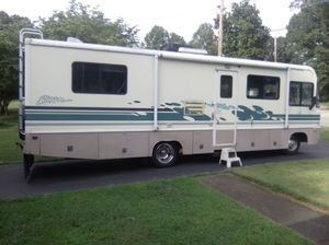 Southwinds storm fleetwood p30 for Sale in Bartow, FL