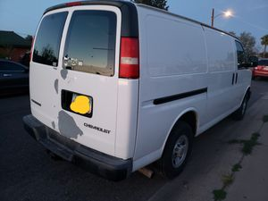 Chevy Express 2005 for Sale in Phoenix, AZ