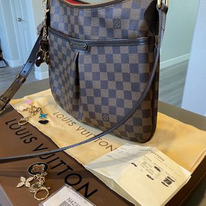Louis Vuitton Bloomsbury Damier PM for Sale in Modesto, CA