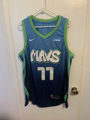 Luka doncic #77 blue Dallas Mavericks jersey for Sale in San Fernando, CA