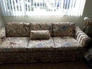 Couch for Sale in St. Petersburg, FL