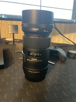 105mm f2.8 sigma DG Macro Lens - Canon for Sale in Spring Valley, CA