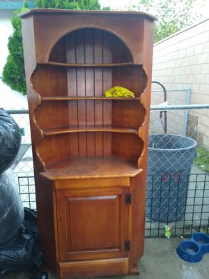 Cushman colonial creationhutch for Sale in Rancho Cucamonga, CA