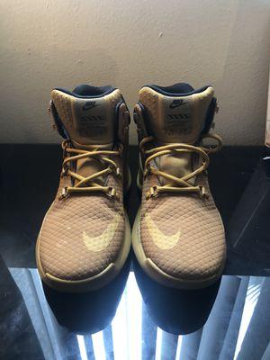 Nike SIZANO Men's shoes Wheat/Black for Sale in Las Vegas, NV