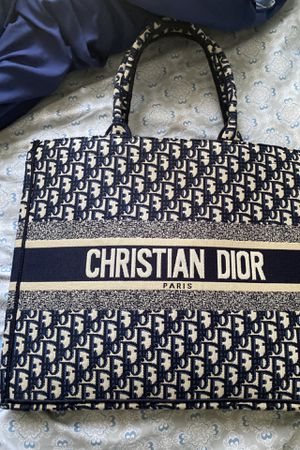 Dior tote for Sale in Fort Belvoir, VA
