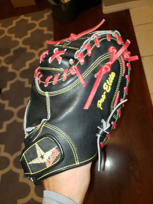 All-Star Pro Elite CM3000SBK 33.5inch Catchers glove mitt for Sale in Riverside, CA