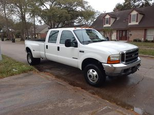01 FORD F350 4X4 DIESEL for Sale in Houston, TX