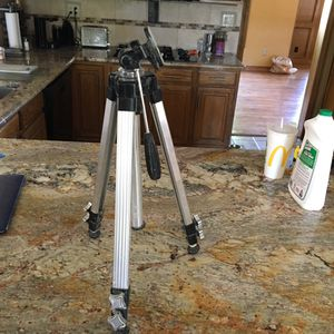 Camera Tripod with screw mount for Sale in Lakewood, CO
