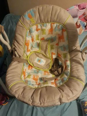 Swing for baby / columpio para bebe for Sale in Nashville, TN