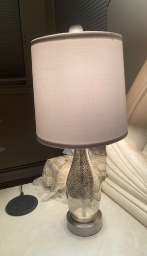 Pair of bedside lamps for Sale in Merrick, NY