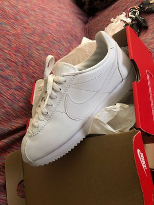 Women's Nike Cortez leather ( size 8) for Sale in Fort Myers, FL