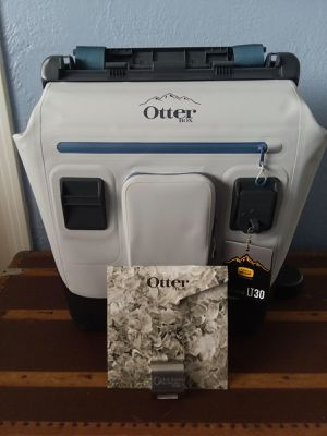 Otter box back pack cooler for Sale in Saint Petersburg, FL