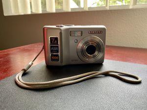Samsung S730 7.2MP Digital Camera for Sale in Los Angeles, CA