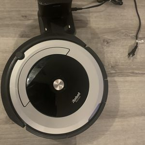 iRobot Roomba 670 for Sale in Richmond, TX