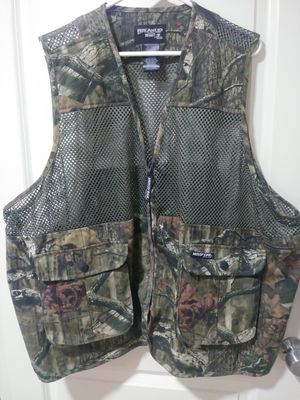 Camo Hunting Vest for Sale in Mercedes, TX