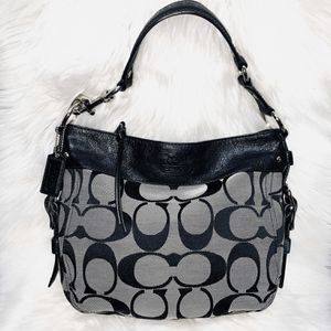 Authentic Coach Shoulder Bag for Sale in Chandler, AZ