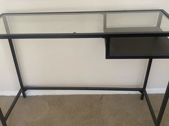 Like New Glass Desk for Sale in Los Angeles,  CA