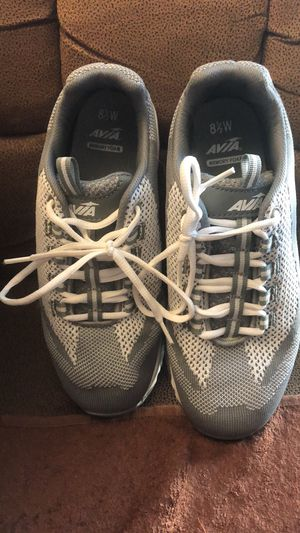 Avia Ladies gym shoes, Size 8.5w for Sale in Chicago, IL