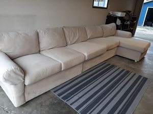 Beautiful high quality sectional couch for Sale in Renton, WA