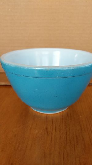 Vintage Pyrex Small Mixing Bowl for Sale in Tacoma, WA