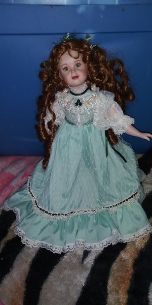 Old Time Emerald Porcelain Doll! for Sale in McRae-Helena, GA